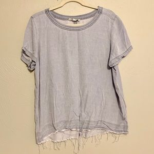 Two by Vince Camuto Faded Chambray Tee